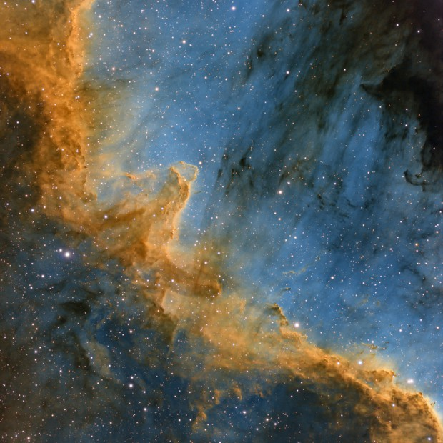 The Great Wall in NGC 7000