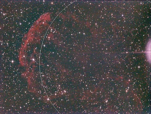 IC 443 bei Mondschein