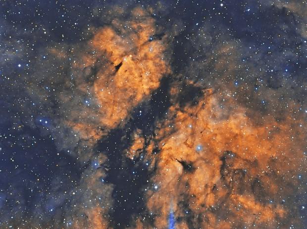 IC1318 The Butterfly Nebula HST