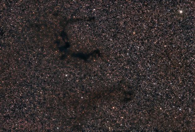Barnard's E (B142 & B143)