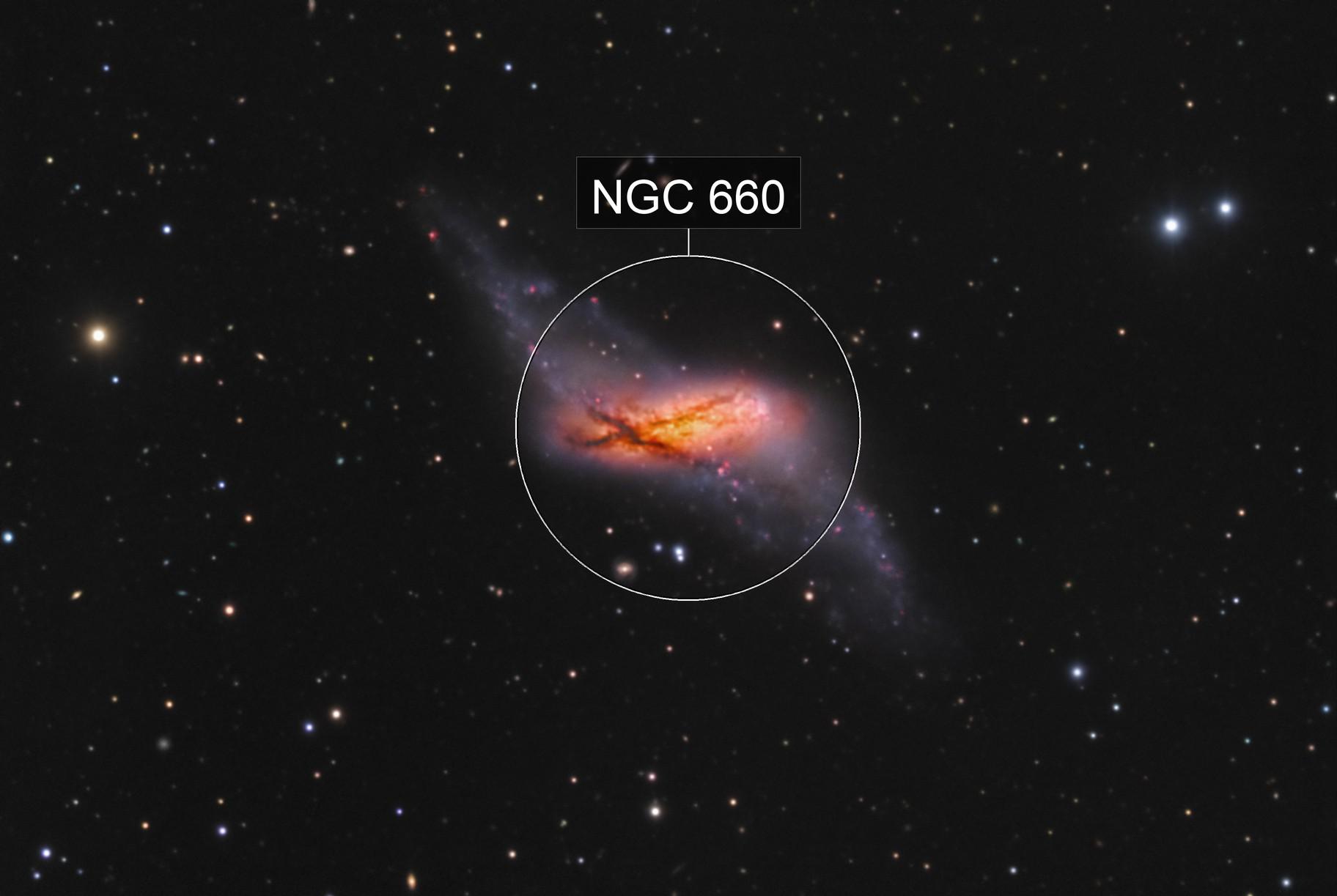 Polar-Ring Galaxy NGC660
