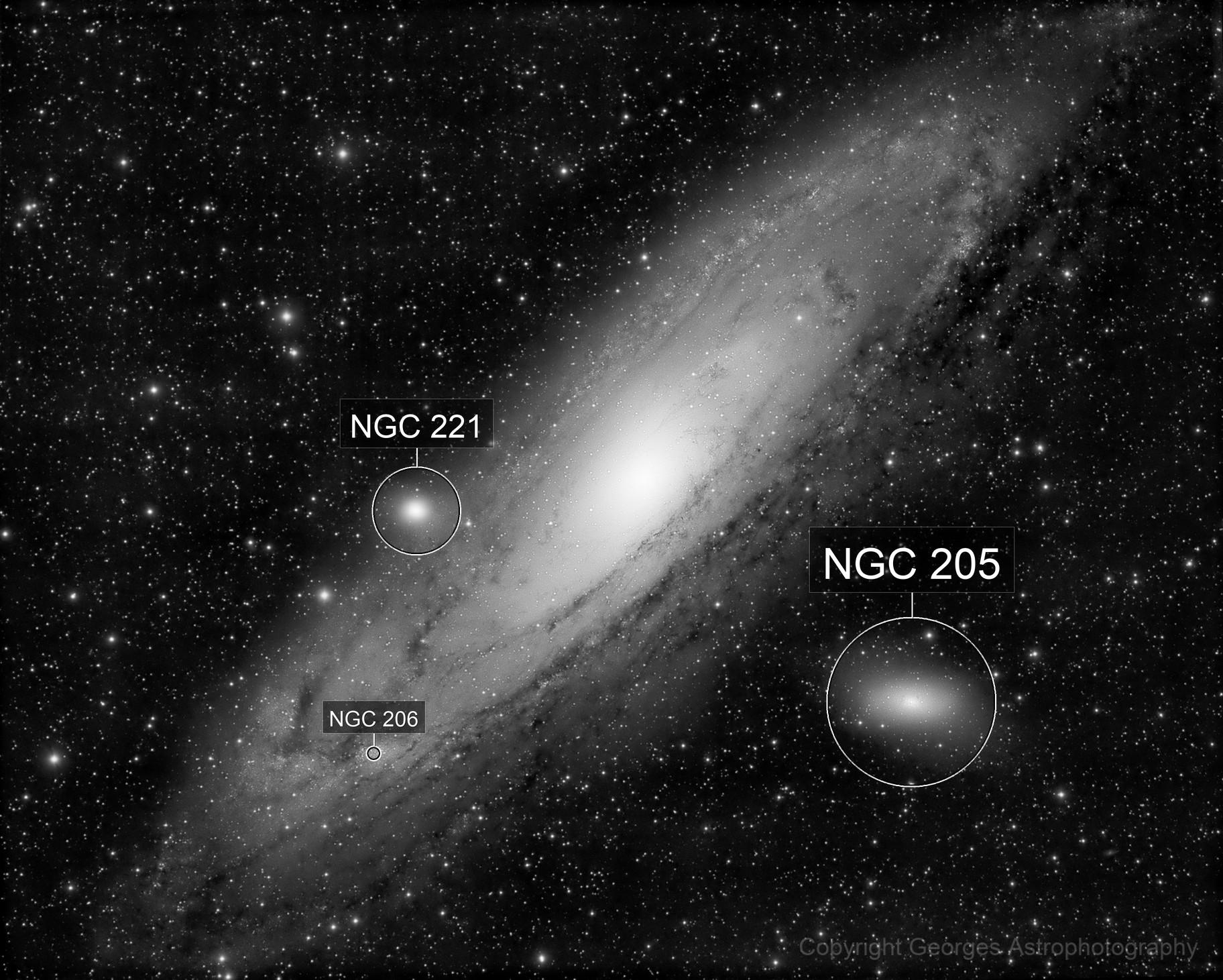 Messier 31 in Black & White