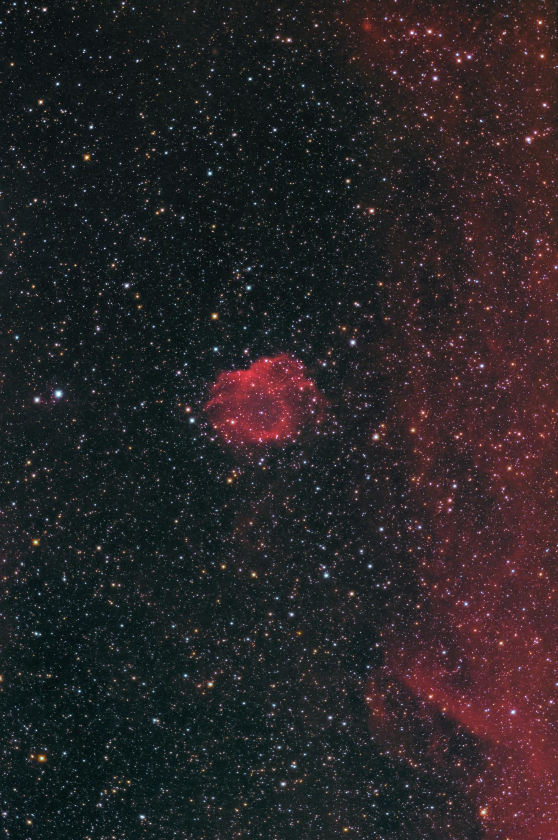 Sh2-123 / StDr17 (Tick Nebula)
