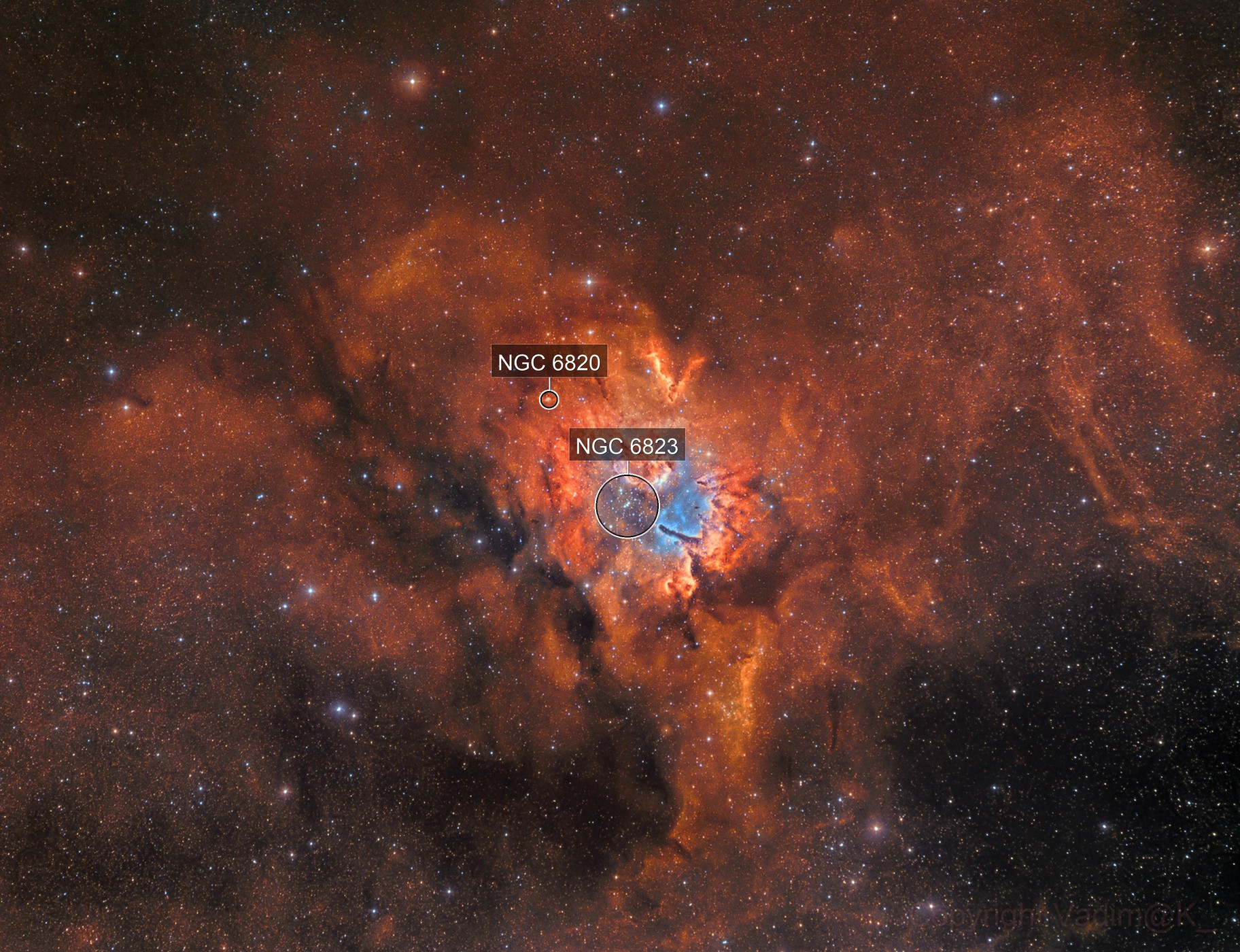 NGC 6820 , bicolor