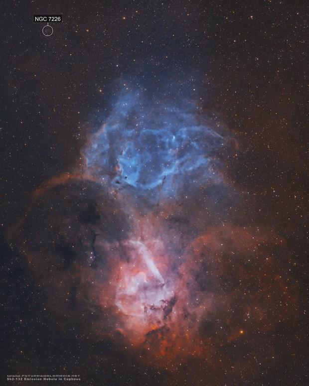 Sh2-132 • The Lion Nebula in Ha & OIII