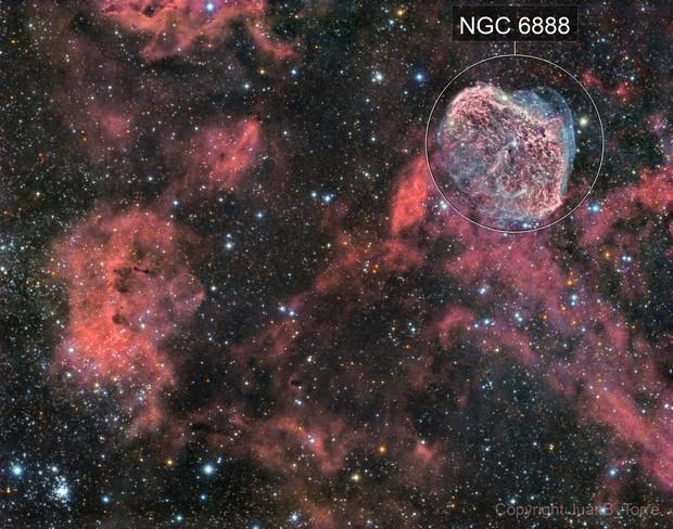 Crescent and Soap Bubble Nebula