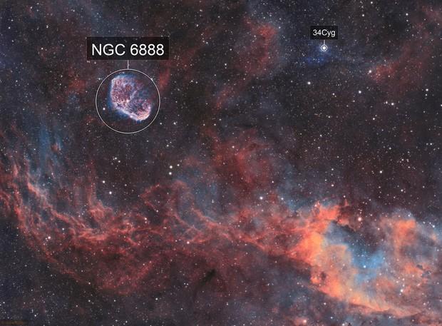 Crescent Nebula (NGC6888) imaged in SHO
