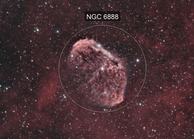 Crescent nebula in HOO