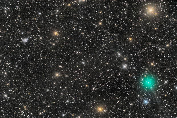 C/2019 Y4 ATLAS and UGC 4305