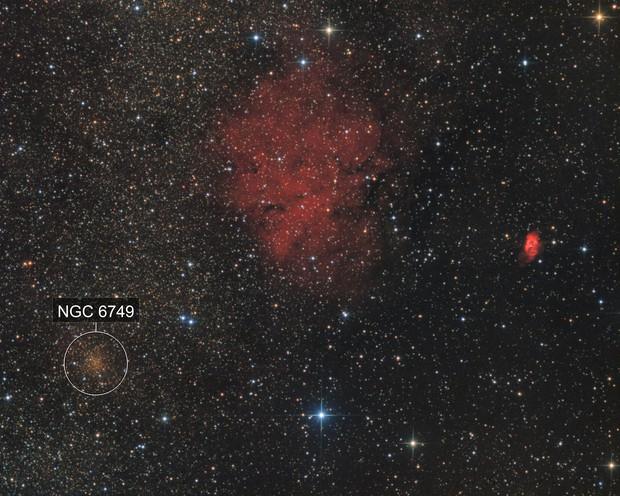 Sh2-71, Sh2-72 and NGC6749