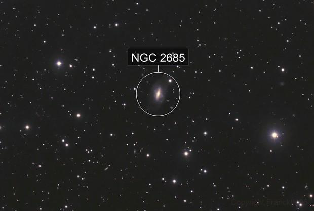 NGC 2685 en couleur