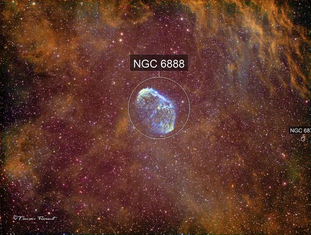 NGC 6888 Crescent Nebula in Cygnus Narrowband