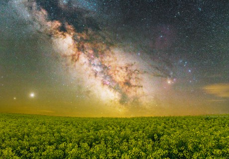 Treasures of the sky,                                Rafael Schmall
