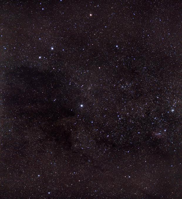 Crux and Coalsack Dark Nebula - Untracked,                                João Pedro Gesser