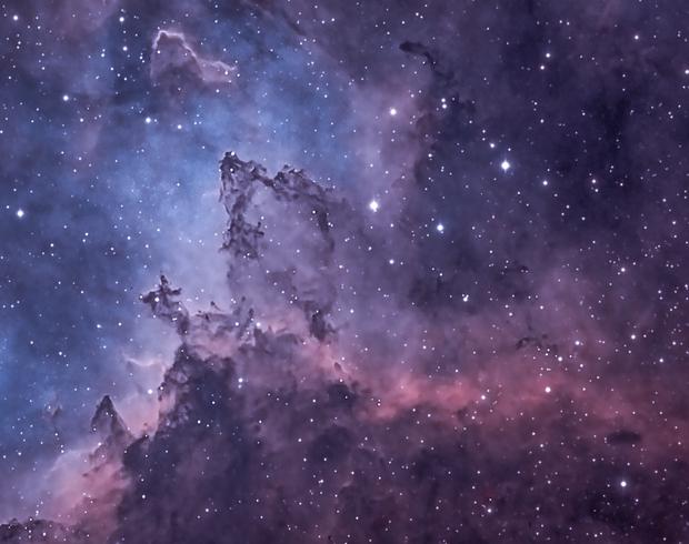 Detail in Heart of Interstellar Dust,                                Barczynski