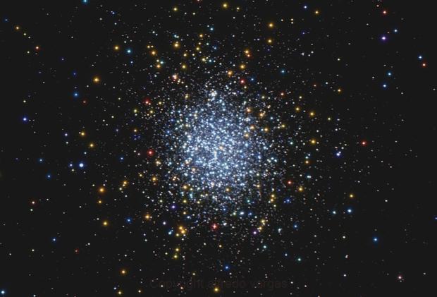 NGC-5139   THE OMEGA CENTAURI GLOBULAR CLUSTER,                                Alfredo Vargas