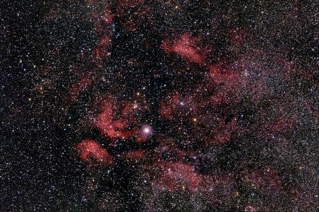 IC 1318 + IC 1311 in Cygnus,                                AC1000