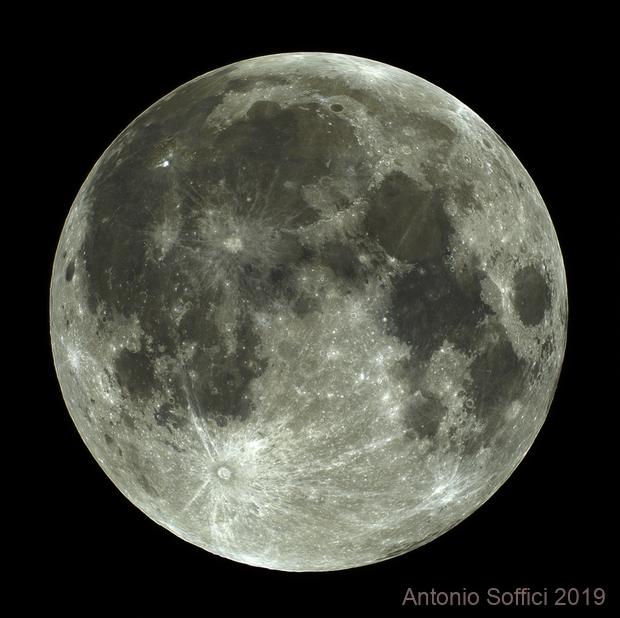 Enhanced colour full Moon,                                Antonio Soffici