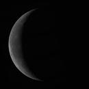 Dernier croissant de Lune,                                Julien Lana