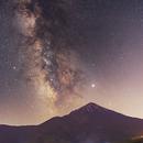 Milky way over mount Damavand,                                Bahman_am