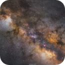 The core of the Milky Way,                                Henrique Silva