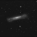 Quick Hamburger galaxy, with asteroid trespassing,                                sky-watcher (johny)