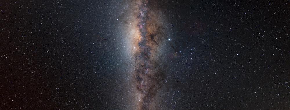 Milky Way from horizon to horizon,                                Bartosz Wojczyński