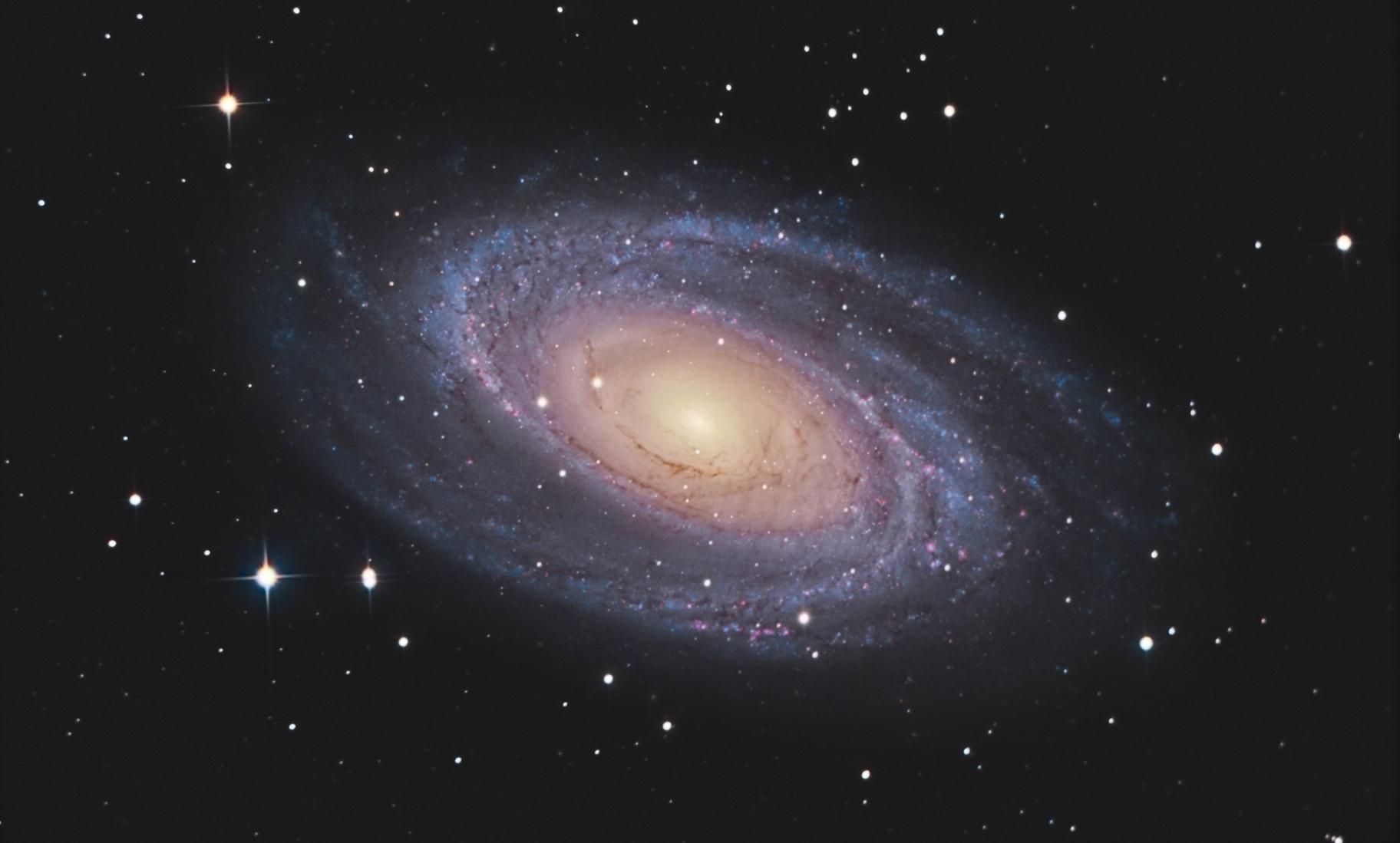 M81- test assemblage (shaihulud et Alain bouchez),                                astromat89