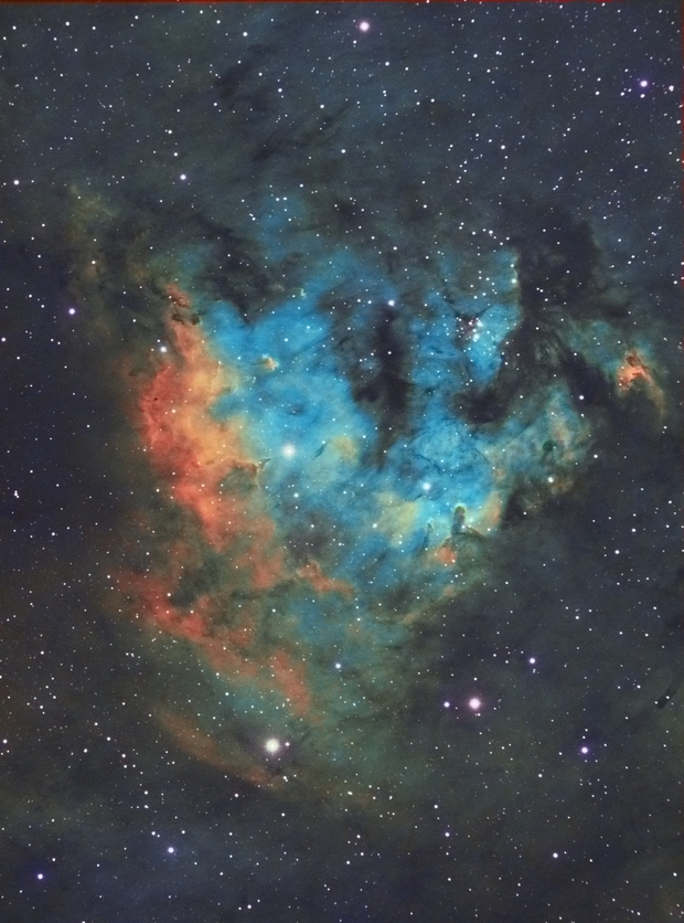NGC7822 in Hubble palette,                                Carastro