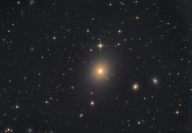 Messier 87,                                Станция Албирео
