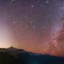 Meri Snow Mountain 、Zodiacal light and Milky Way,                                Shenyan Zhang