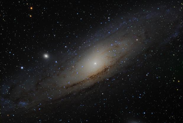 M 31,                                  HUGO S GARNICA