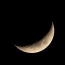 Moon, this evening,                                Fausto Lubatti