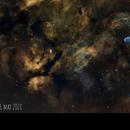 Le croissant en champ large NGC6888_SHO,                                AstromaC