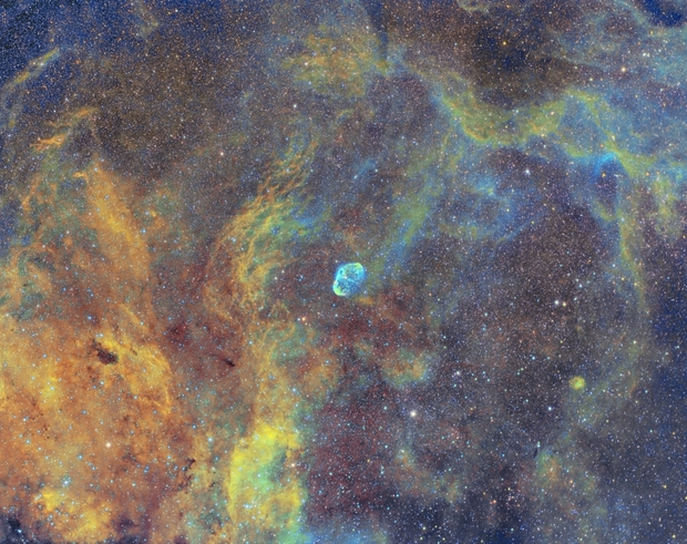 Crescent and surrounding Nebulae,                                Carastro