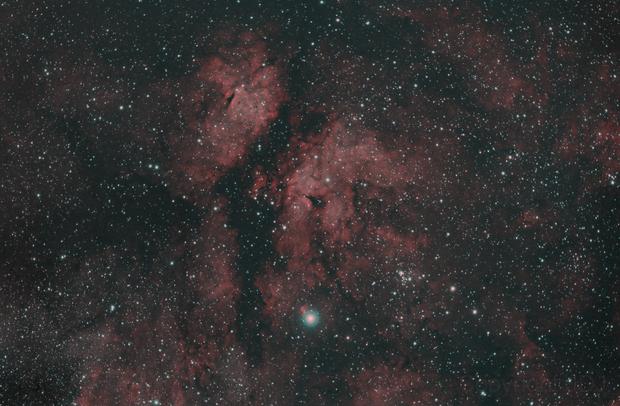 Gamma Cygni Nebula (IC1318) in HOO,                                JDJ