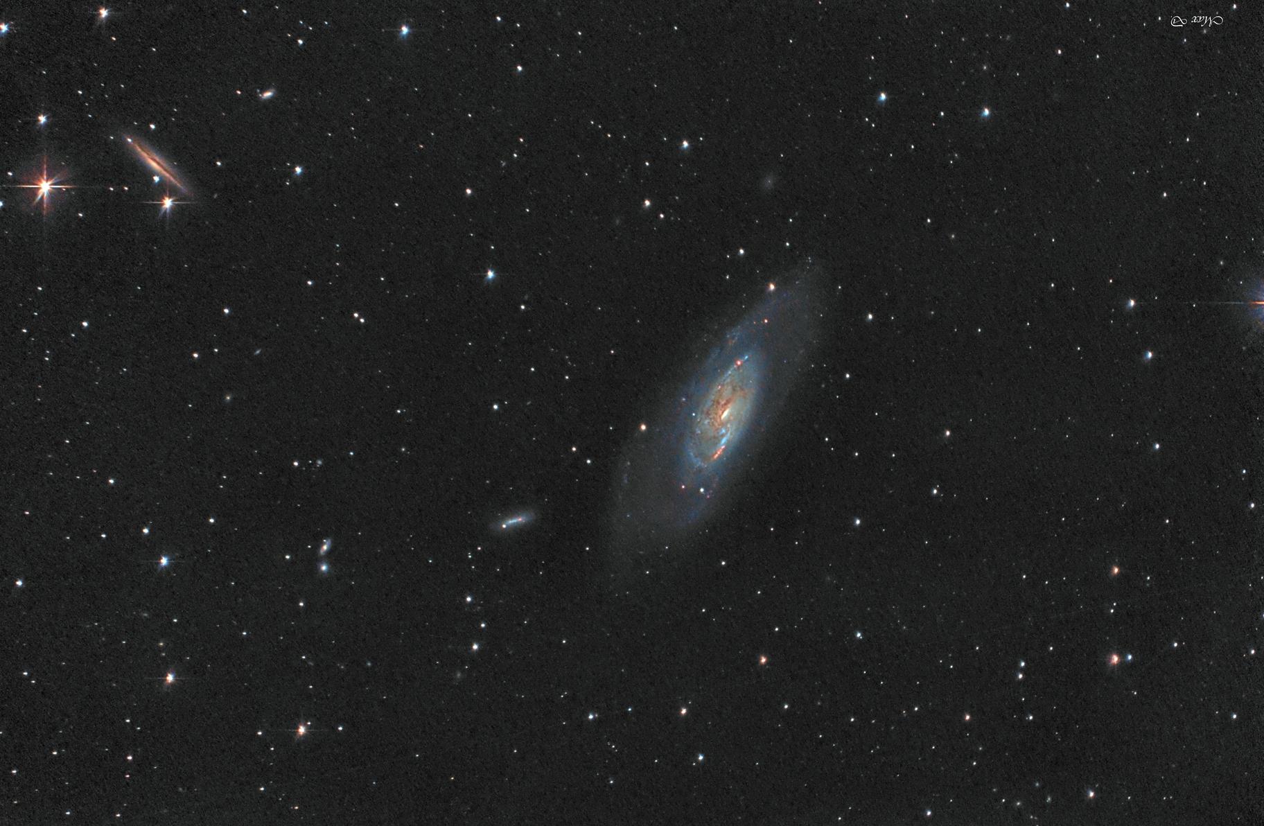 M106,                                Spoutnik17