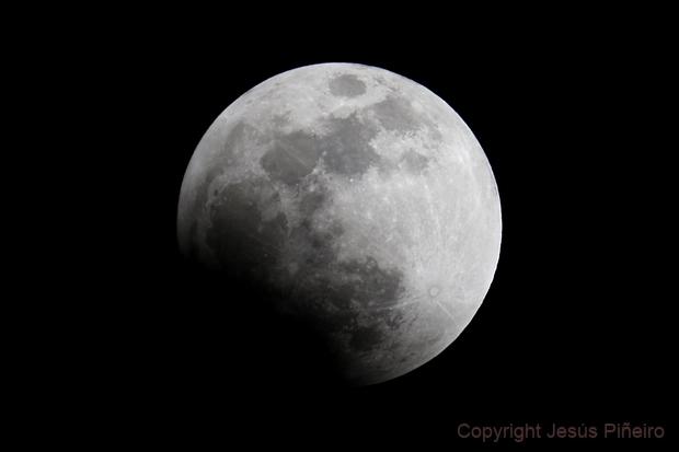 Lunar Eclipse - Penumbral phase, Sept. 27 2015,                                Jesús Piñeiro V.
