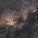 Scutum Star Cloud,                                Nurinniska