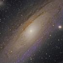 Au Coeur de la Galaxie d'Andromède,                                Adrien MEURISSE