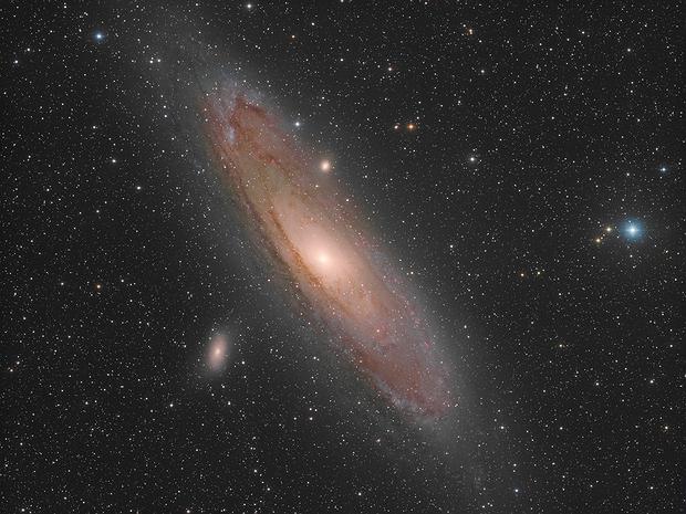 La galaxie d'Andromède (M31) - Sadr Espagne,                                Julien Bourdette