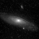 M31 - schwarz-weiss,                                astromatthias