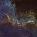 ᴛʜᴇ ᴄʏɢɴᴜs ᴡᴀʟʟ in the North America Nebula NGC 7000 Hubble Palette,                                Luca Fornaciari