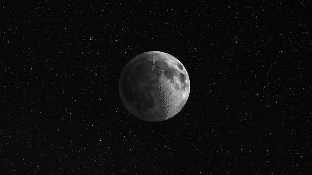 HDR Moon w/stars,                                drivingcat