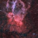 Lobster claw nebula in HOO,                                Jean-François Dou...