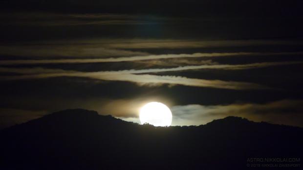 Waning Moonrise,                                Nikkolai Davenport