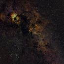 Schwan - widefield - Hubble,                                Gerhard Henning