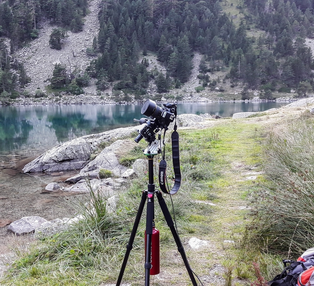 Material used for the shooting of Milky Way at Gaube Lake (Pyrénées, France),                                Olivier Ravayrol