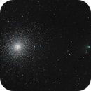 NGC104 - 47 Tucana and Comet C/2013 A1 (Siding Spring),                                Kevin Parker
