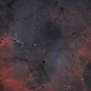 The Elephant Trunk nebula - IC 1396 - alternative palette,                                Simon